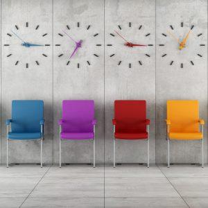 krzesełka w poczekalni