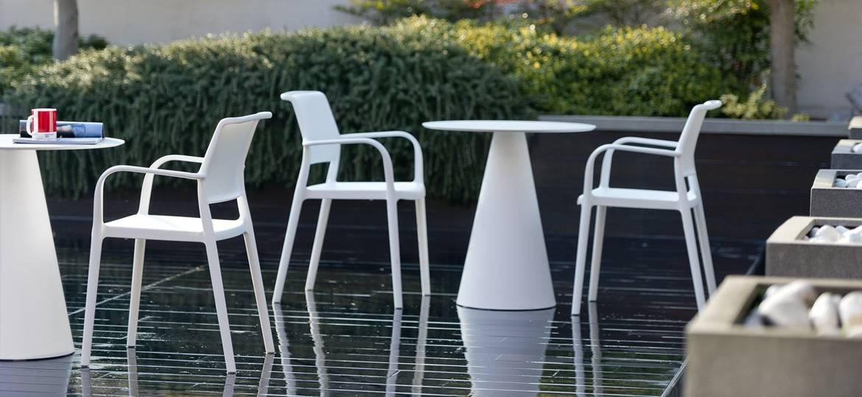 Krzesło ARA 315 Pedrali do ogródka restauracji