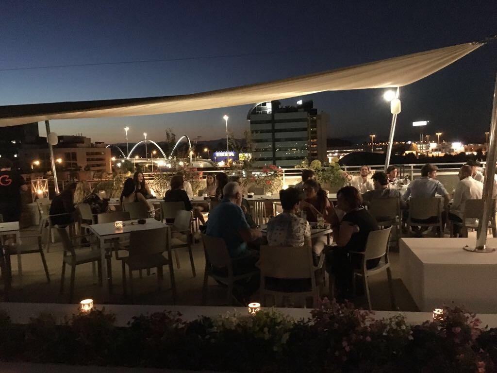 Włoski stolik do ogródka restauracji