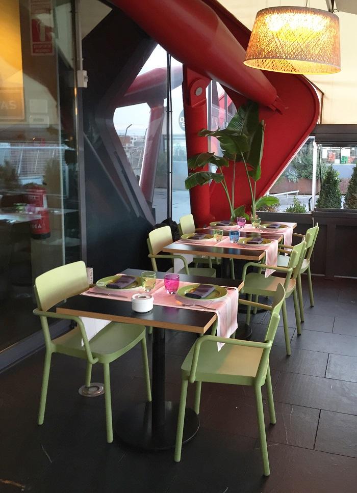 krzesło do kawiarni z tworzywa Lisboa Resol