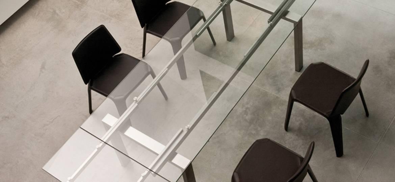 rozsuwany stół szklany Magic Pedrali do salonu i jadlani