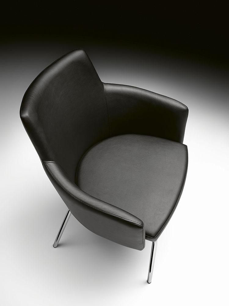 Fotel nowoczesny skórzany Marka 566 Et Al.