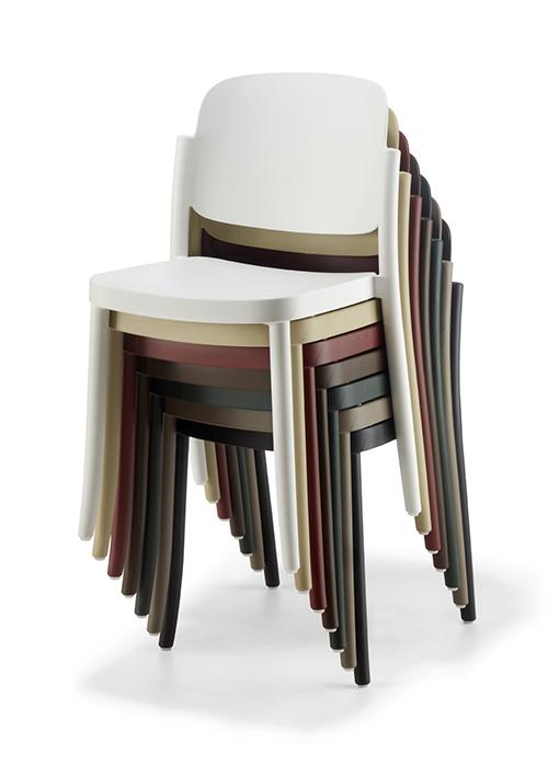 Krzesła kawiarniane sztaplowane PIAZZA COLOS