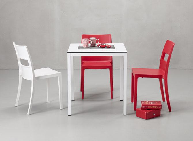 Biały stolik do restauracji MIRTO Scab Design