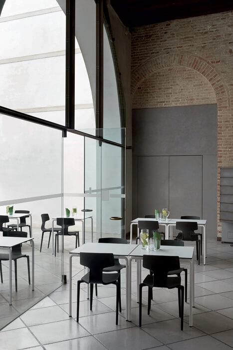 designerskie krzesła do kawiarni SPLIT coLOS