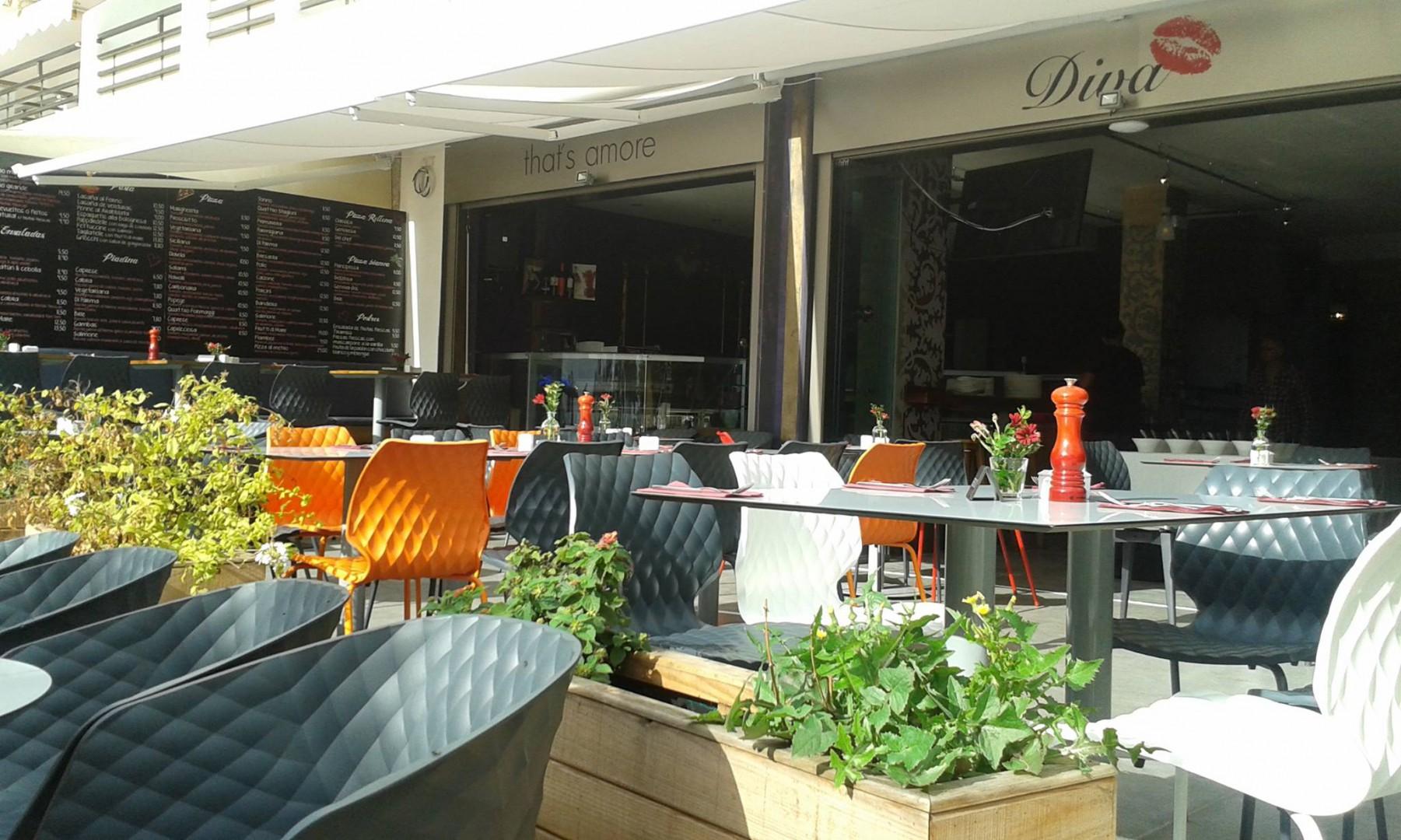 Krzesła uni do restauracji Metalmobil