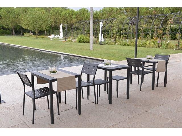 Stół do ogródka restauracji DORIO