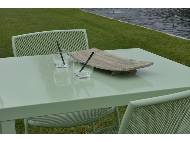 Stół metalowy do ogródka restauracji i kawiarni 80x80