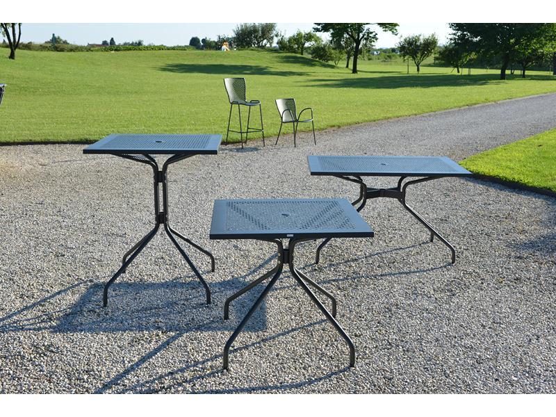 Metalowe stoły do restauracji RD Italia