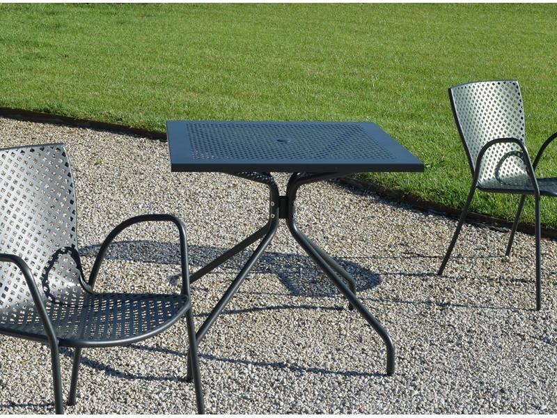 Ażurowy stół ogrodowy do restauracji ESTATE RD ITALIA