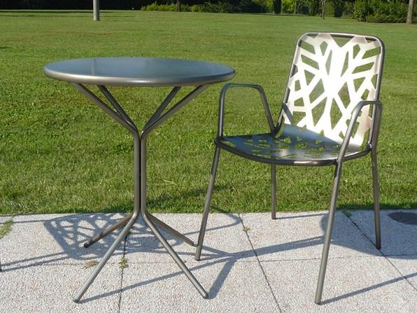 Włoskie krzesło ogrodowe metalowe do restauracji