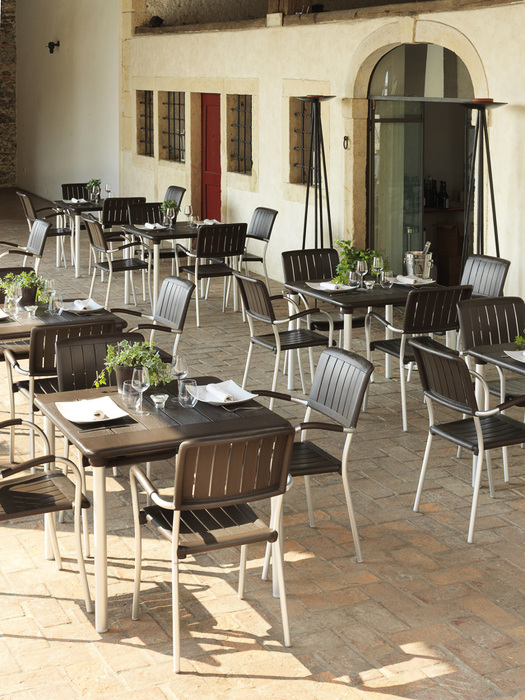 stół do ogródka kawiarni maestrale 90 nardi
