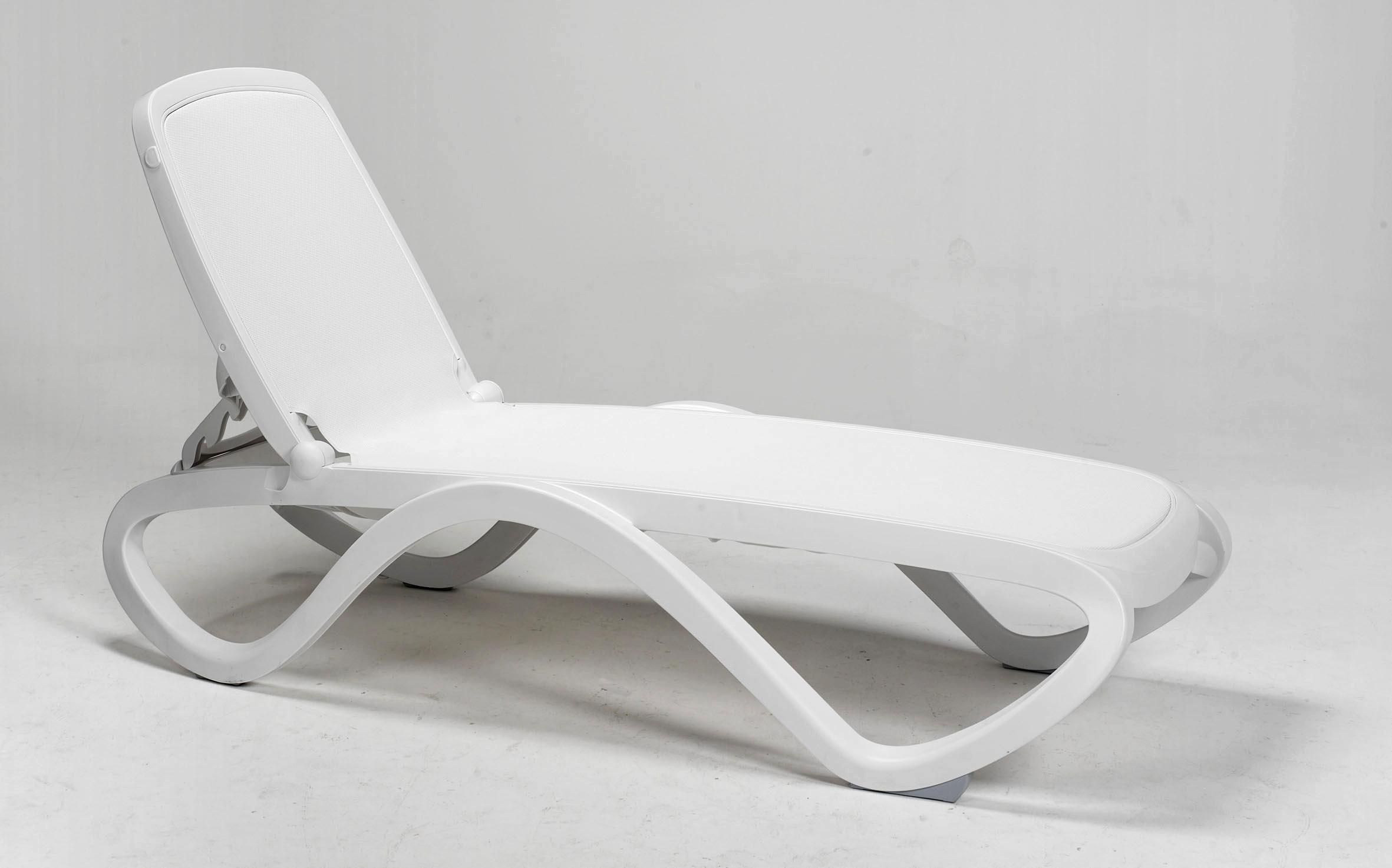 Biały leżak basenowy Omega Nardi