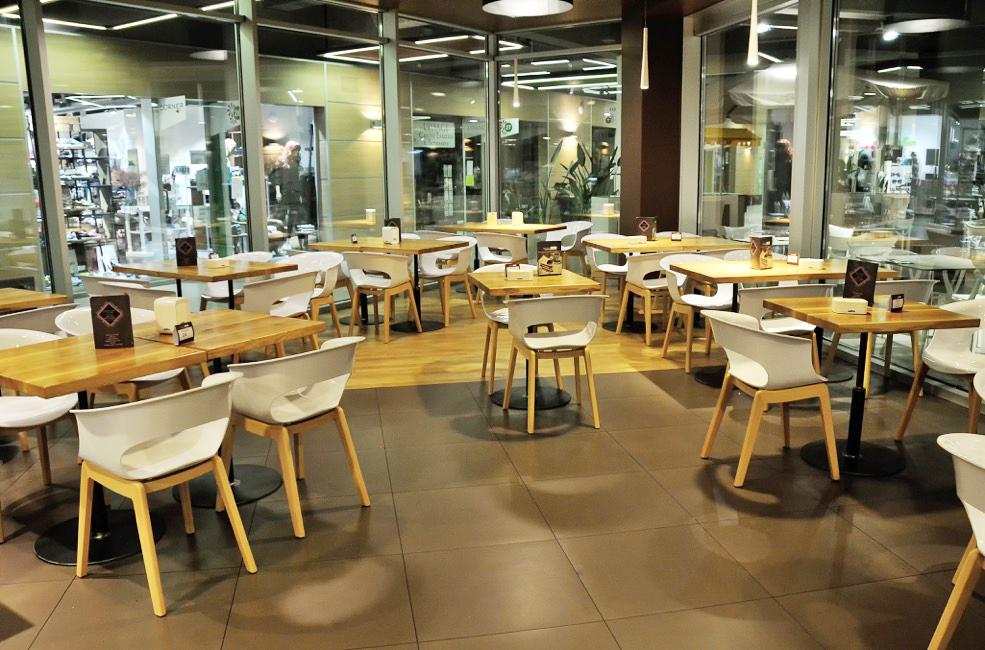krzesła Miss B Scab Design