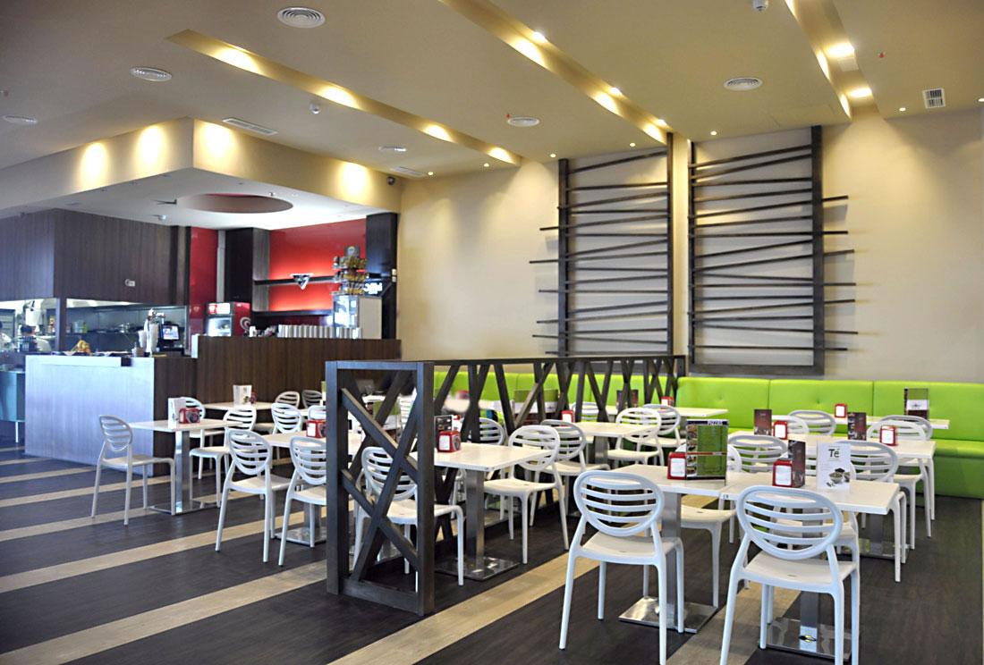 krzesło do restauracji TOP GIO białe